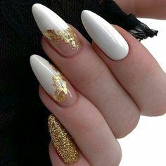 Winter Nail Designs, Halloween Nail Designs, Halloween Nails, Halloween Party, Nail Swag, Cute Acrylic Nails, Acrylic Nail Designs, Glitter Nails, Gold Glitter