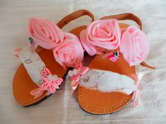 Type 1, Theater, Facebook, Sandals, Shoes Sandals, Theatres, Teatro, Sandal, Drama Theater
