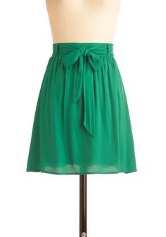 I so want this skirt. Beautiful with a plain, simple top and cute shoes. Perfect summer internship outfit.