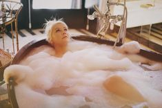 """xtina: Soaking in suds & sunshine before unveiling begins… "" Christina Aguilera Burlesque, Celebrity Look Alike, Baby Jane, Christina Ricci, Female Singers, American Singers, Britney Spears, Picture Tattoos, Celebrities"