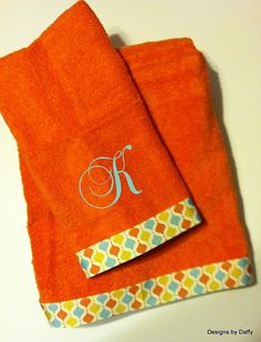 Personalized custom Bath and Hand Towel set. $25.00   LOVE THESE COLORS!