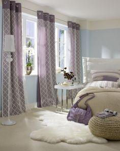 Wohnideen Schlafzimmer Vorhänge wohnideen schlafzimmer lange gardinen teppichmuster wanddeko