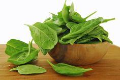 Conheça os benefícios do espinafre. http://www.feminices.blog.br/alimentacao-saudavel-conheca-os-beneficios-espinafre/