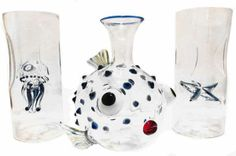 These sea life water carafes makes entertaining effortless.