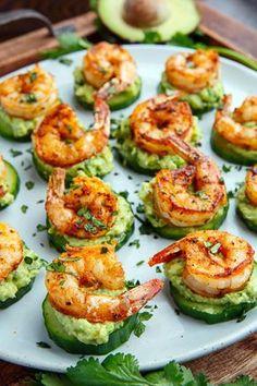 Blackened Shrimp Avocado Cucumber Bites - 42 pieces per tray - Fitness meals - Garnelen Low Carb Recipes, Cooking Recipes, Cheap Recipes, Keto Shrimp Recipes, Applebees Recipes, Easy Recipes, Beef Recipe Keto, Light Recipes, Kitchen Recipes