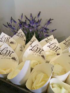 plátky růží - kornoutky