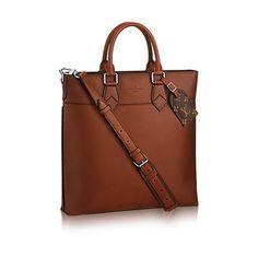 Descubra a Louis Vuitton Cabas Jour:  A elegante e espaçosa Cabas no sofisticado couro natural Ombré é uma linda bolsa…