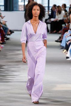 new york fashion week trends spring 2018 tibi lavender look 27 Fashion 2018, Fashion Week, New York Fashion, Look Fashion, Fashion Outfits, Fashion Design, Fashion Tips, Spring Fashion Trends, Spring Trends
