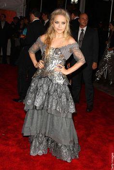 Mary-Kate Olsen meets Miss Havisham