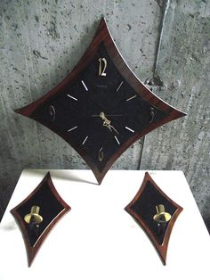 DSCF4005 Mid Century Wall Clock Two Wall Sconces