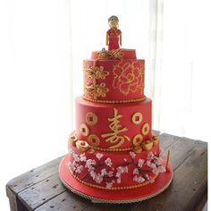 Chinese wedding cake HelloKitty Pinterest Wedding cake