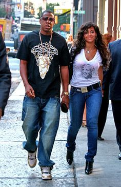Lovers Beyonce and Jay-Z synched their steps in NYC
