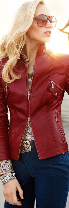 We Present an Extensive Collection of Men, Women, Celebrity, Motorcycle & Custom Leather Jackets. Great Quality, Best Value! Visit for Buy Now