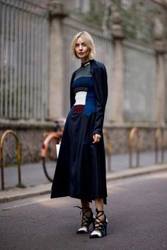 e0a264f8 Considering that routine women don't have the advantage to go to movie red  carpet occasions to dress attractive for, street wear is a fantastic way to  ...