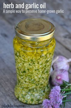 Herb and garlic oil - a simple way to preserve home-grown garlic …