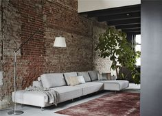 Lamps For Your Living Room Looking for interior design ideas for your living room decor? Take a look at this industrial living room with an industrial style Canapé Design, House Design, Interior Design, Design Ideas, Living Room Decor, Living Spaces, Loft Stil, Style Loft, Decor Inspiration