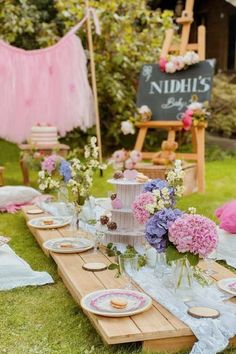 Boho parties are all about being more connected with nature which makes it a wonderful theme for a summer party. If you're looking for an eclectic theme with a feminine touch, look no further. You can never have enough flowers, teepees, and dreamcatchers, right? See more party ideas and share yours at CatchMyParty.com