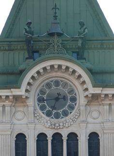 Trieste - L'orologio del municipio