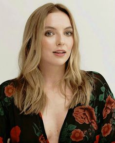 Olive (meaning beauty or dignity) Desmond's mom English Actresses, British Actresses, Actors & Actresses, Five Jeans, Dr Foster, The White Princess, Jodie Comer, French Chic, Celebs