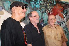 Víctor Casaus, Silvio Rodríguez y Aurelio Alonso, en la entrega del Premio.