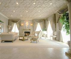 mansion mansion staircase Even Megan Fox Can't Help Sell Mansion Bedroom, Mansion Interior, Home Living Room, Living Spaces, Home Board, Modern Mansion, Home Design Decor, Design Ideas, House Design