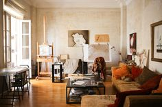 An Ocher-Colored & Art-Filled Home in Valencia — House Tour
