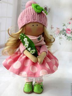 Купить Малышка с ландышем - малышка, ландыши, кукла ручной работы, кукла в подарок, девочка с цветами
