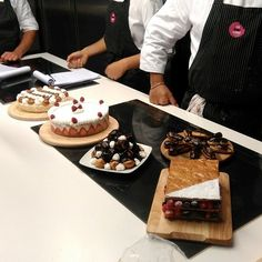 cakes after the lesson   #foodgeniusacademy #desserts #chocolate #cale #torte #strawberries #tasty #whippedcream #pastry #pastrycourse