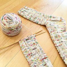 Beautiful socks by @kizzygirl0225 in #toilandtroubleyarn Fire Opal #knitting #sockknitting