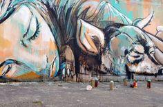 N'oublions pas ceux qui dorment dans la rue. / Street art. / / By Alice  Pasquini.
