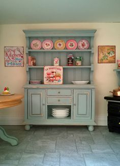 Miniature country cottage kitchen shabby chic dresser hutch 1:12