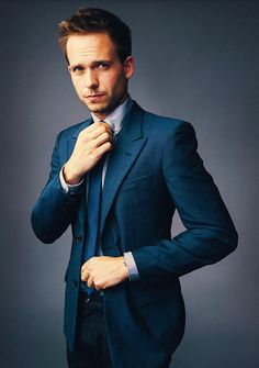 Patrick Adams Canadian actor, aka Mike Ross in USA Network series Suits. Patrick Adams, Gentleman Mode, Gentleman Style, Dapper Gentleman, Suit Fashion, Girl Fashion, Mens Fashion, Sharp Dressed Man, Well Dressed Men