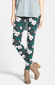 Can't get over how fun these floral leggings are!
