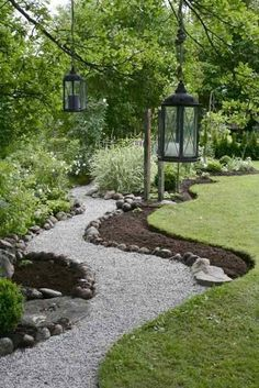 Gravel Walkway Inspiration {For our Front Porch