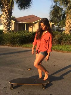 danielle campbell daily