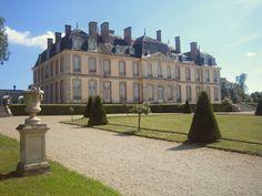 chateau de la motte tilly facade nord