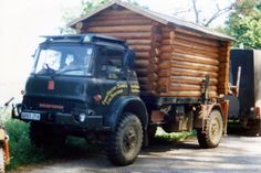 """Aww, love the log cabin look, bit of a design inspiration for Over The Moon's crew support truck """"Doris"""""""