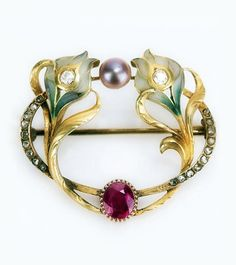 Art Nouveau Plique-à-jour, Diamond and Pearl Brooch. Stunningly Unique.