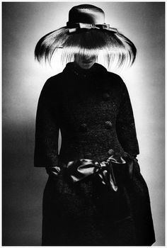 Fashion photo for Queen by Jeanloup Sieff, London, 1961