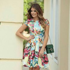 For more, head to our blog www.lamamilife.com Fashion Dresses Mom Style Floral