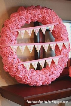 neeed to make this for my girly's next birthday!  should probably start now, i only have 8 months... so stinkin cute