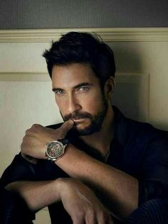 dylan mcdermott--I occasionally pin hot celebs--but truly rarely. however dylan mcdermott is in my top 5 SMOKIN HOT celebs-- Dylan Mcdermott, Man Magazine, Gorgeous Men, Beautiful People, Hello Gorgeous, Simply Beautiful, Hot Guys, Hot Men, Actrices Sexy