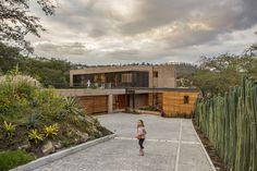 La casa en la quebrada | Diez + Muller Arquitectos
