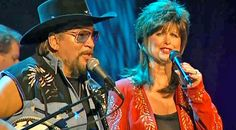 Waylon Jennings And Jessi Colter's Love Runs Deep In Their Final Duet