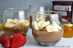 Do you like the taste of bananas and chocolate? If so, you will get to love this healthy chocolate banana pudding recipe full of fiber, vitamins and minerals for sure! Chocolate Banana Pudding, Banana Pudding Recipes, A Food, Good Food, Food And Drink, Stevia, Brownies Sains, Desserts Sains, Healthy Cake