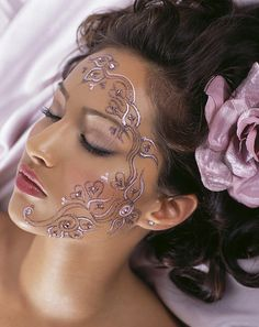 Very Beautiful Mehndi Tattoos What is a henna tattoo ? Its a temporary tattoo done with henna powder. In fact henna is the name of the p. Henna Tattoo Ink, Henna Tattoo Designs, Tattoo Designs For Women, Henna Art, Mehndi Designs, Tattoo Ideas, Mehndi Patterns, Henna Mehndi, Arm Tattoo