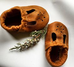 $30 Raw Amber T-STRAPS  Soft Soled Leather Shoes Baby and Toddler Free Shipping in US
