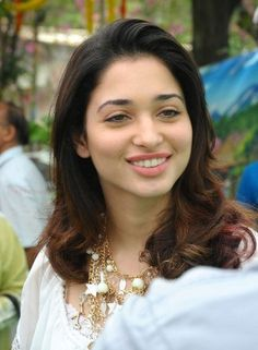 Tollywood actresses can be spotted wearing no makeup as well on an ordinary day out. Here's an insight into some pictures of Tamanna Bhatia without makeup.