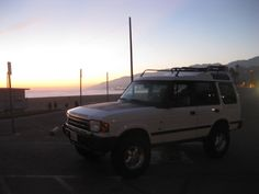 """Land Rover Discovery SD Sport Utility 4 Door :: Old Man Emu Heavy Duty 3"""" lift suspension :: Mickey Thompson Baja MTZ 265/75/16 (have about 5,000 miles on them)"""