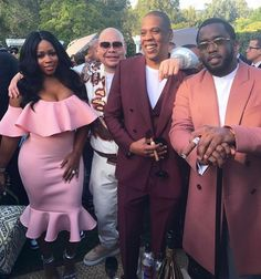 Bangers… Remy Ma's Glo Up Ms. Reminisce Mackie a. Remy Ma is our favorite Grammy-nominated rapper turned LHHNY star whose been racking up accolades since her 2014 release from priso… Hip Hop And R&b, Hip Hop Rap, History Of Hip Hop, Hip Hop Classics, Brooklyn, Fat Joe, Beyonce And Jay Z, American Rappers, Hip Hop Artists